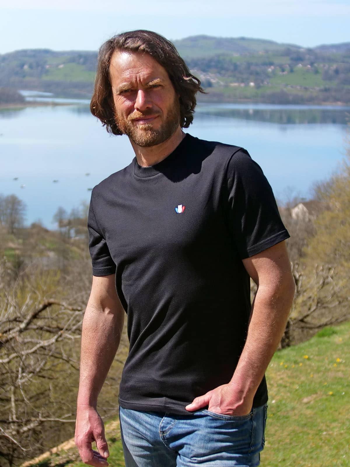 t-shirt-made-in-france-homme-l-authentique-3-0-noir-simon