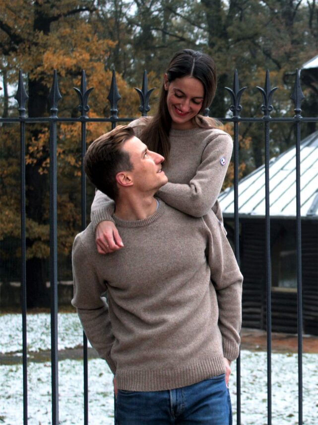 pull-homme-made-in-france-le-frileux-laine-couple