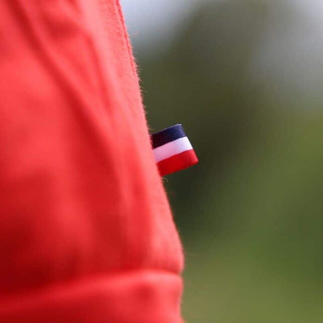 sweat-a-capuche-made-in-france-le-confortable-rouge-tricolore
