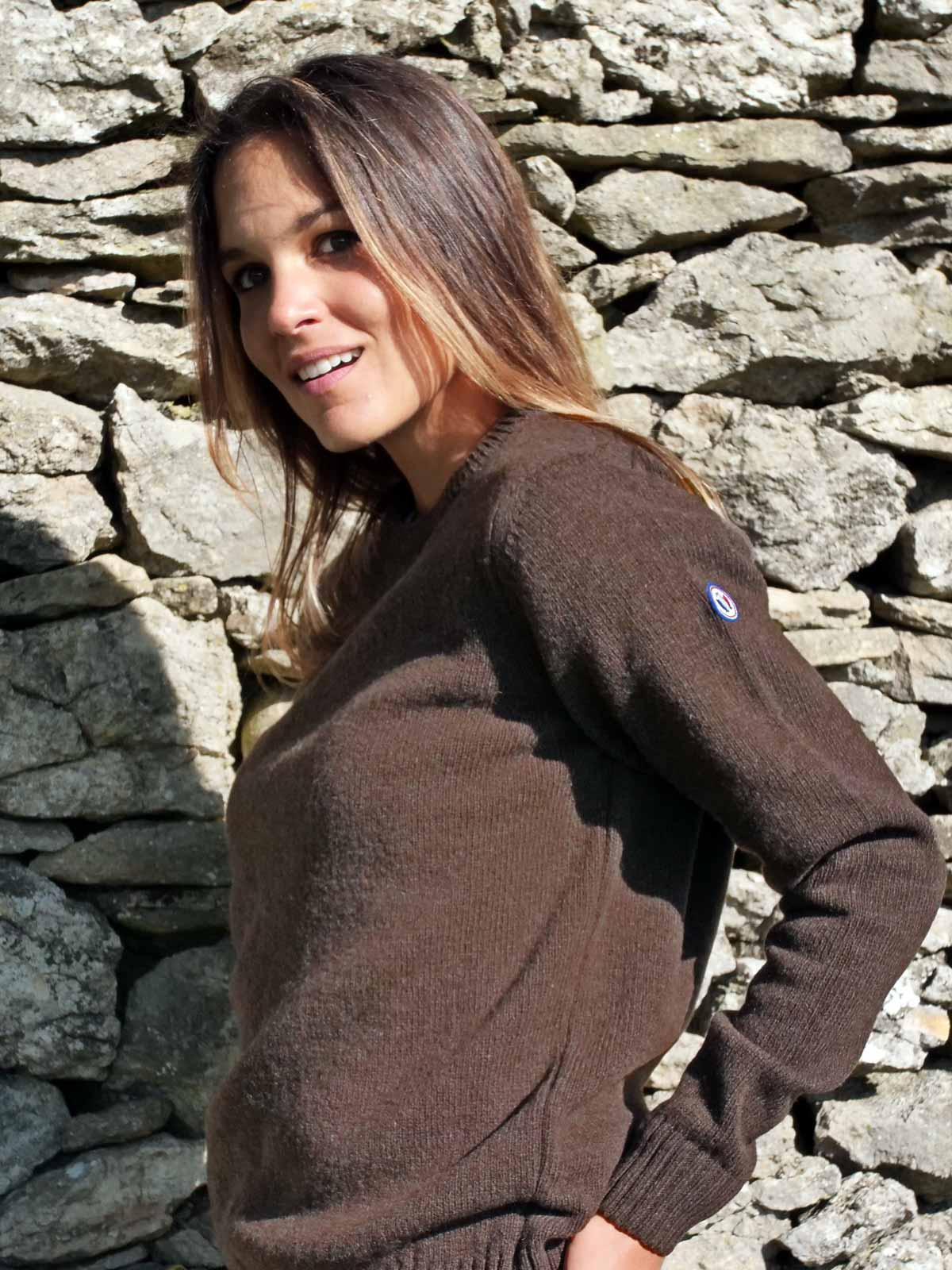 pull-made-in-france-femme-le-frileux-chocolat-2