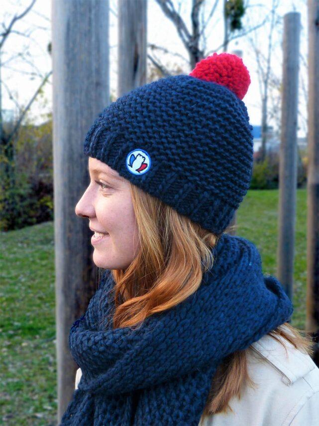bonnet-made-in-france-le-pompon-bleu-marine
