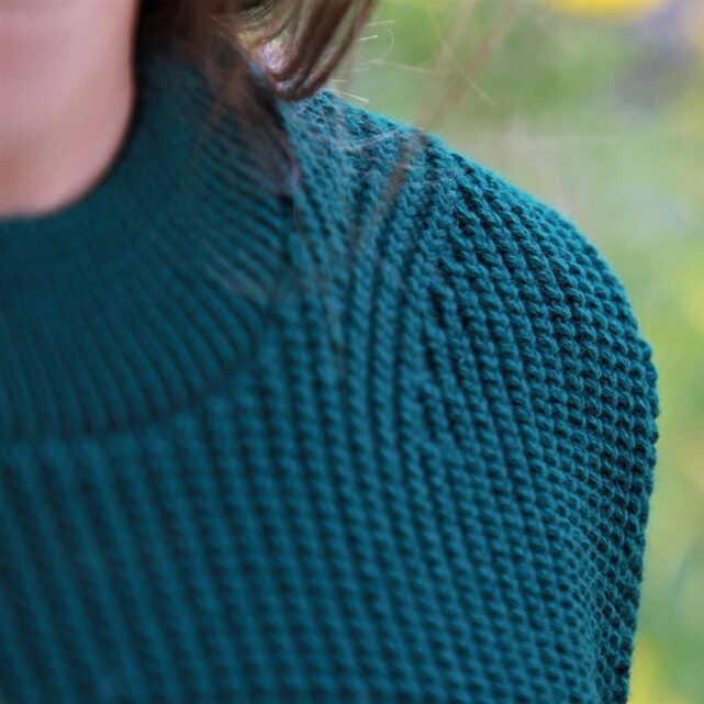 pull-femme-made-in-france-tranquille-emile-laudacieux-vert-sapin-2