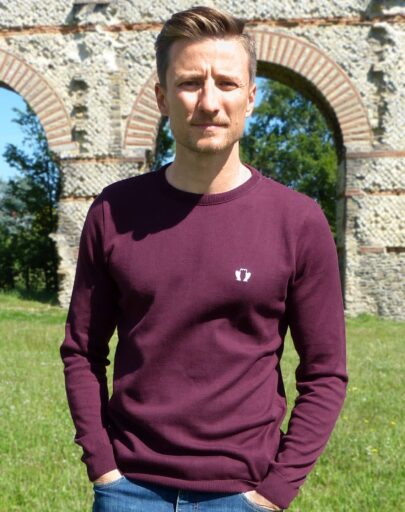 pull-made-in-france-coton-bio-le-delicat-homme-rouge-bordeaux-quentin
