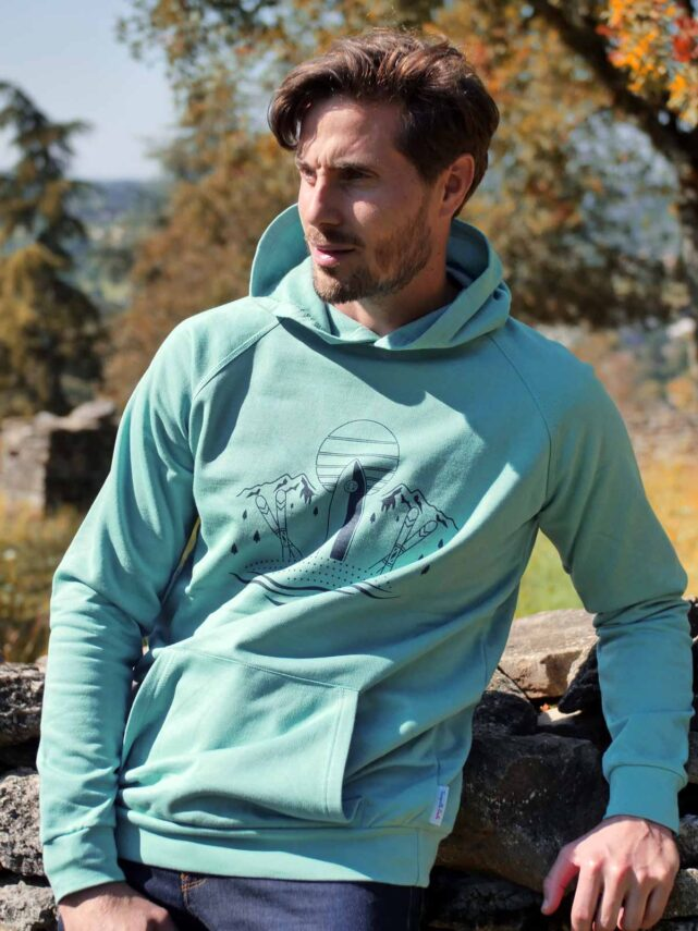 sweat-a-capuche-made-in-france-homme-l-evasion-vert-celadon-1