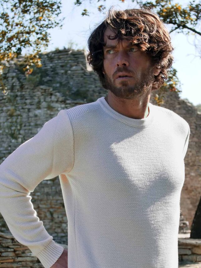 pull-made-in-france-homme-le-minutieux-ecru-2